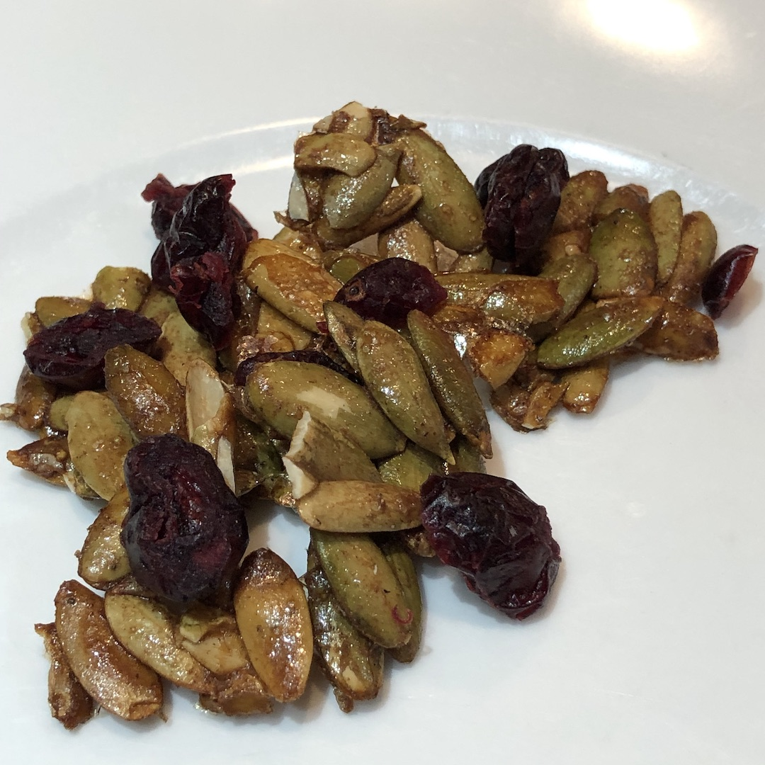 maple roasted pumpkin seeds with cranberries